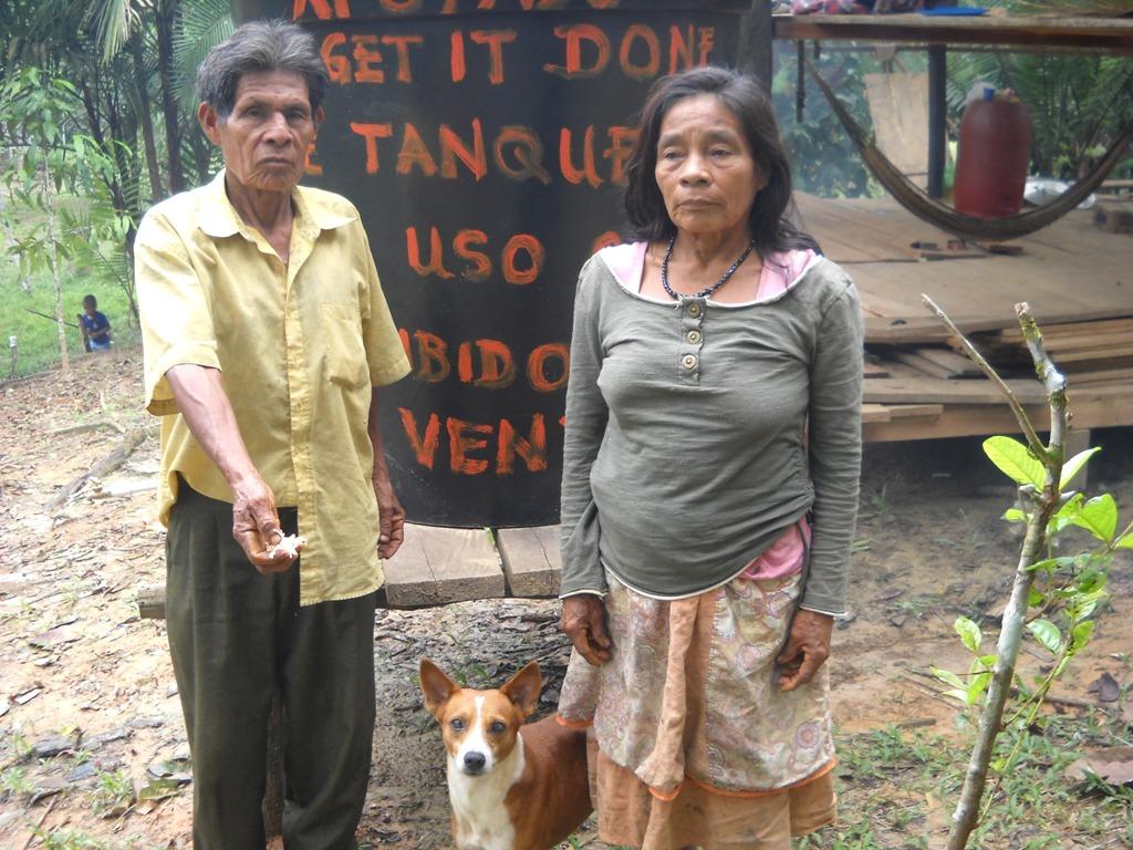 Family Gregorio-Vasquez (and the dog)